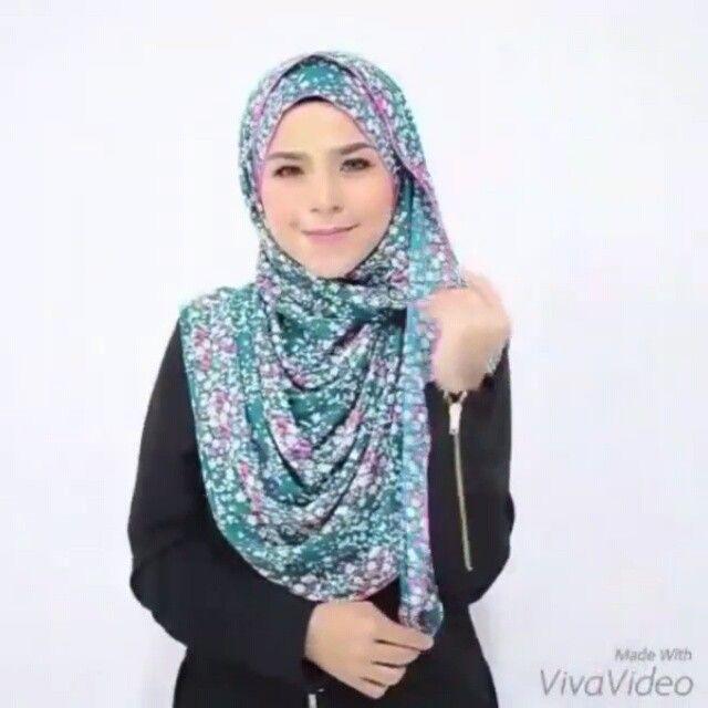 Shawl Tutorial (videotutorial )❤ Credit to the original owner of the tutorial. Selamat mencuba ! . . #bawal#bawallover #shawl#shawltutorials#videohijabtutorial#videotutorial #hijabtutorial #hijabtutorials #tutorialhijab #wanitahariini #wanitaanggun #hijabonline #shawlterkini#tudungcantik#hijabtrend#hijabfashion #hijabis#hijabster#hijabstyling#hijabstyle#hijabmalaysia#hijabworld#hijabchic#ootdhijab#hijabisootd#hijabcommunity#followme#malaysia
