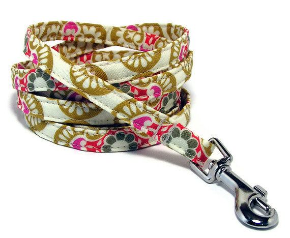 XS Leash   Fancy Retro  XS 3/8 wide 4 or 6 Feet long by PawsnTails, $22.00