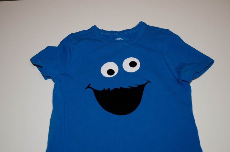 I can make this with felt and tee for daddy, mommy, and B for T's party