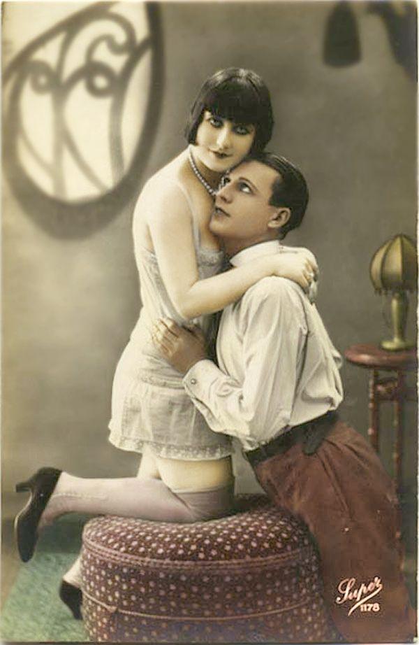 207 Best Romance Images On Pinterest Vintage Couples