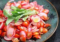 Salada de Rabanete, Tomate-Cereja, Rúcula Baby e Cebola Roxa (vegana)                                                                                                                                                                                 Mais