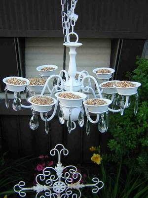 What a FUN idea for a bird feeder!!!Diy Chandeliers, Lights Fixtures, Birds Feeders, Cute Ideas, Bird Feeders, Outdoor, Thrift Stores, Chand Birds, Gardens