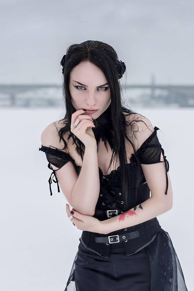 Model: Ekaterina Veda Welcome to Gothic and Amazing |www.gothicandamazing.com