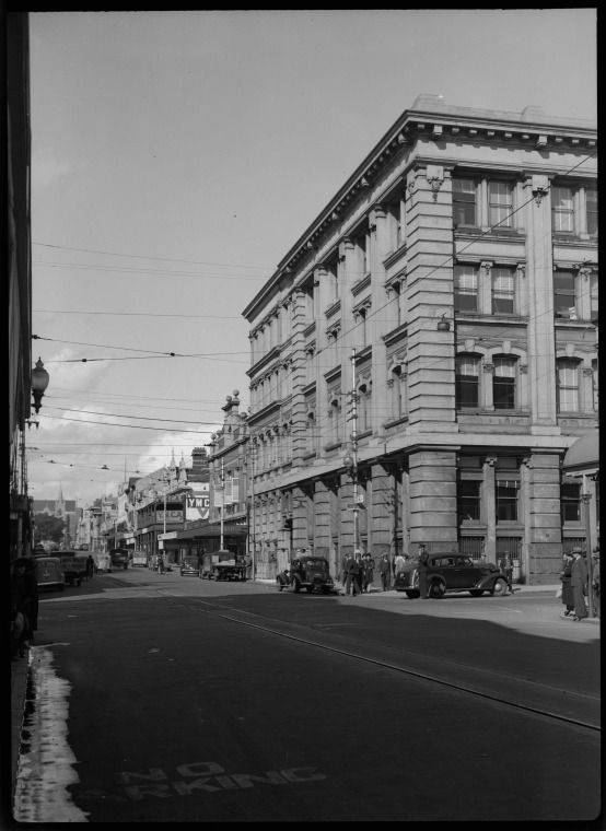 217719PD: Murray St west from Forrest Place, Perth, 1941 https://encore.slwa.wa.gov.au/iii/encore/record/C__Rb3416428