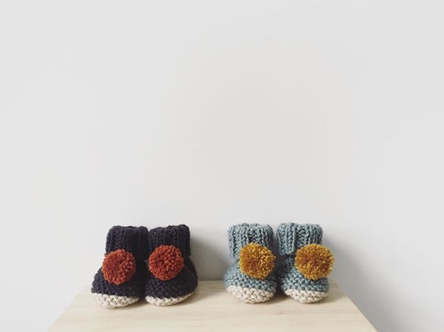 good morning Do you like our new knitted booties? #maiukimini #handknitted