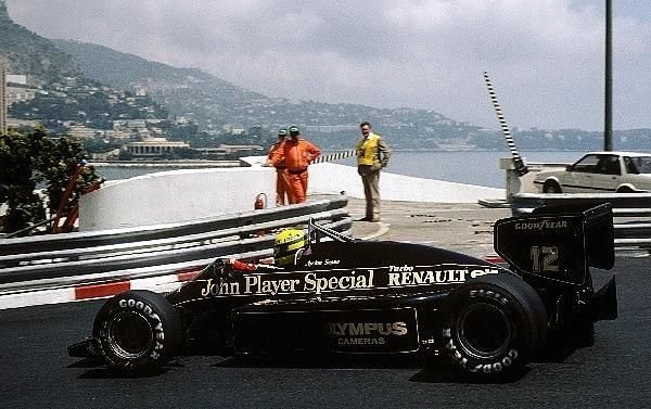 """""""Ayrton Senna (BRA) Lotus 97T claimed a sensational pole position that left several of his peers rather irate! His race however ended early on lap thirteen with engine failure - Monaco Grand Prix, Monte Carlo, 19 May 1985."""" : Ayrton SENNA - Lotus 97T Renault EF4 - John Player Special Team Lotus - XLIII Grand Prix Automobile de Monaco - 1985 FIA Formula 1 World Championship, round 4 - © Sutton Motorsport Images"""