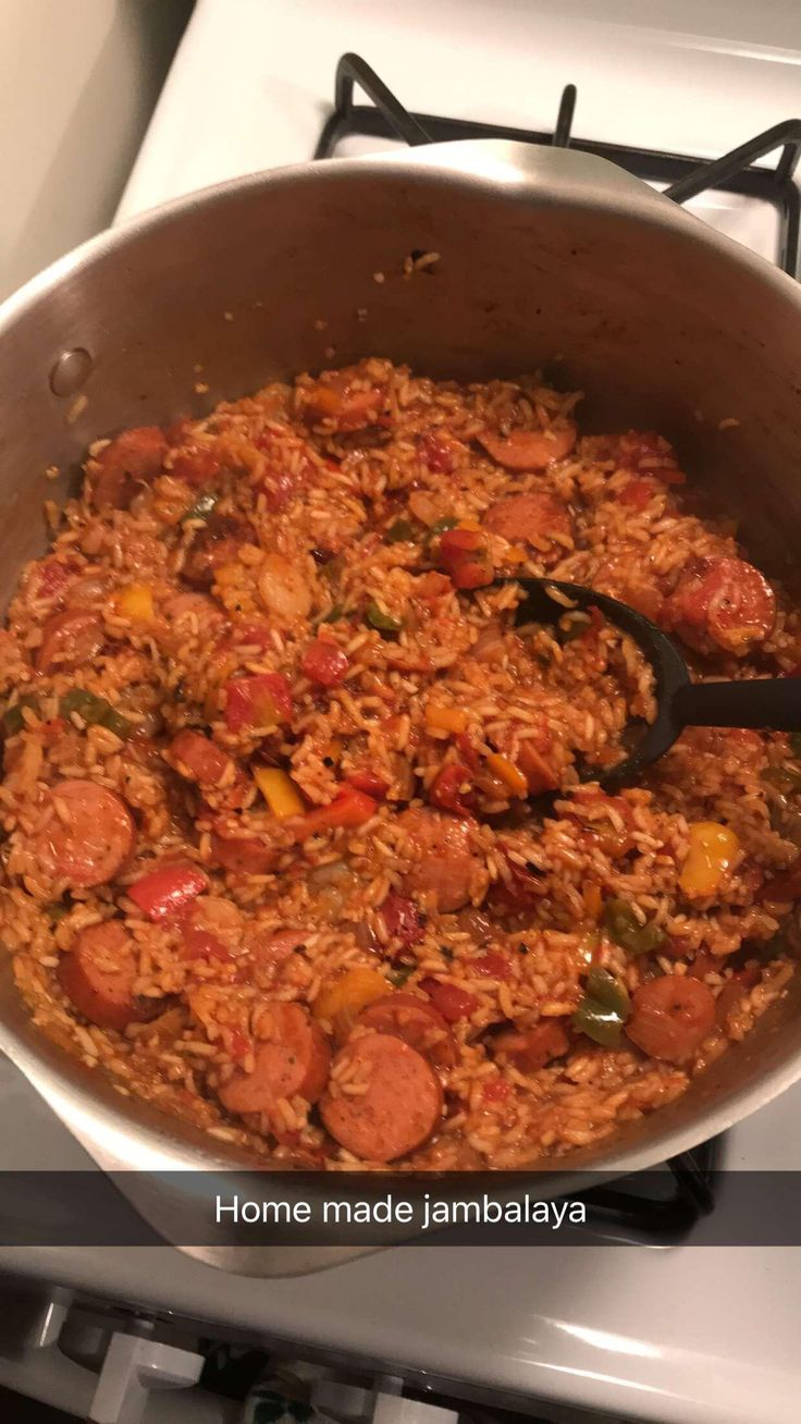 [Homemade] Jambalaya with the perfect amount of spice. Not bad for a guy from the Midwest!