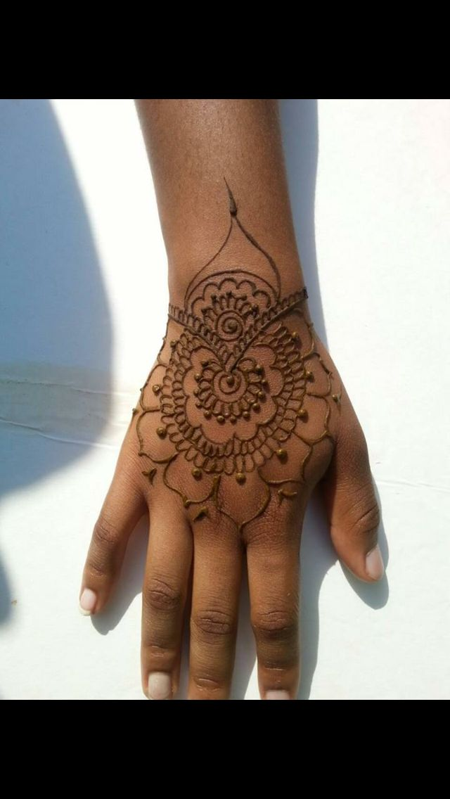 Quick Mehndi Designs : Best images about quick henna designs for festivals on
