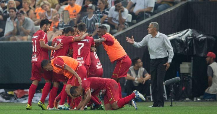 Corinthians volta cair em Itaquera nos pênaltis, e Audax chega à decisão