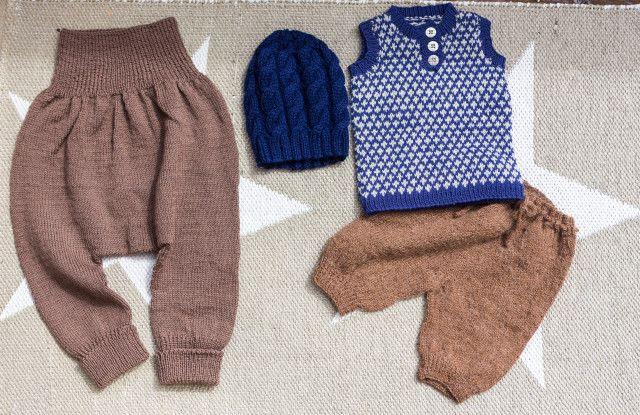 Strikking - guttestrikk Knitting for a boy, brown and blue