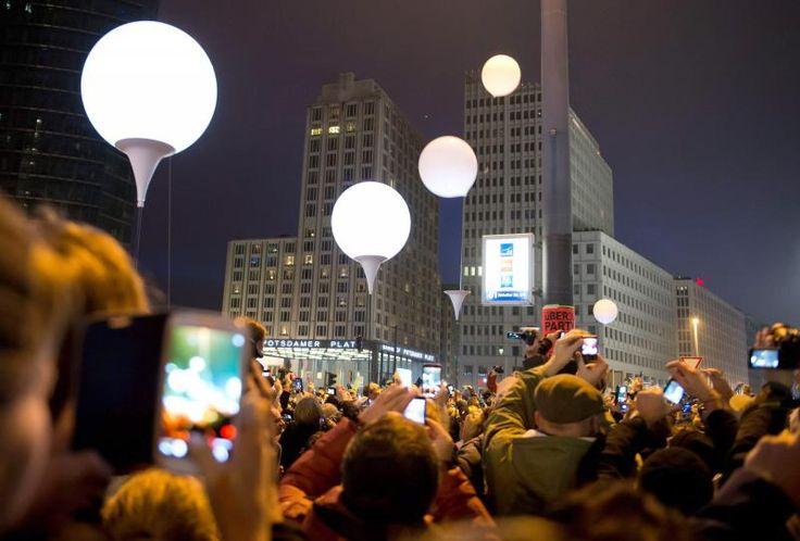 Fiesta en Berlín en la conmemoración de la caída del muro