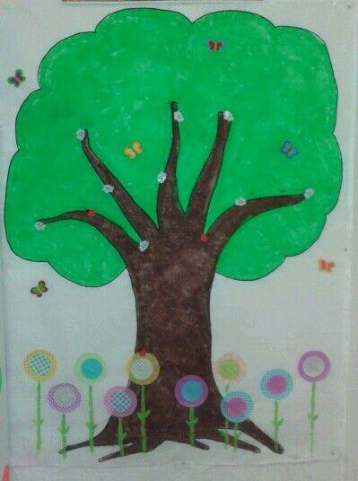 Nuestro arbol de primavera ^^