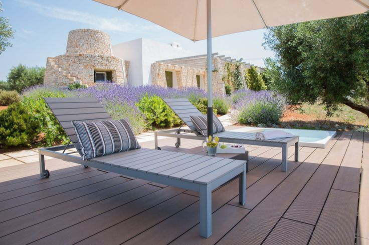 time to relax in the hot tub: charming villas to rent in Apulia . www.pugliamoremio.com