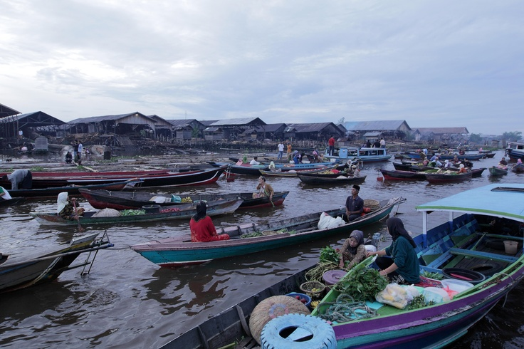Floating Market in Banjarmasin, South Borneo, Indonesia.