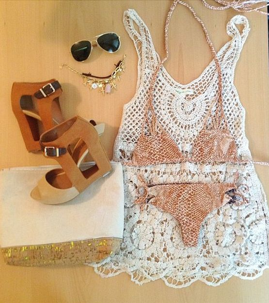 Perfect outfit for a pool party!