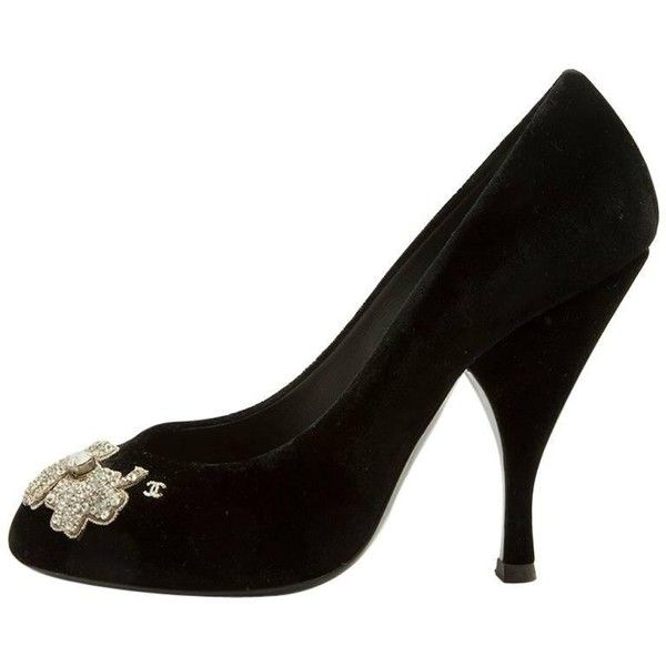 Preowned Chanel Couture Heel Pumps Size 37.5fr In Black Silk Velvet... ($862) ❤ liked on Polyvore featuring shoes, pumps, black, heels, black velvet shoes, chanel shoes, embroidered shoes, black velvet pumps and embellished heel pumps