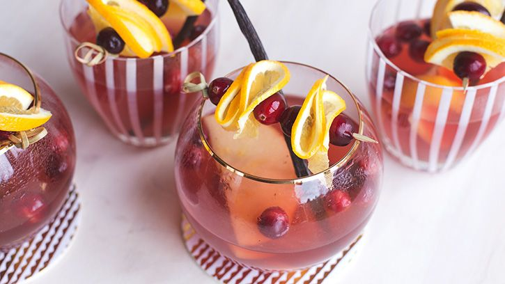 This warming, slightly spicy winter sangria is so easy! Just mix it up in the slow cooker and you're good to go.