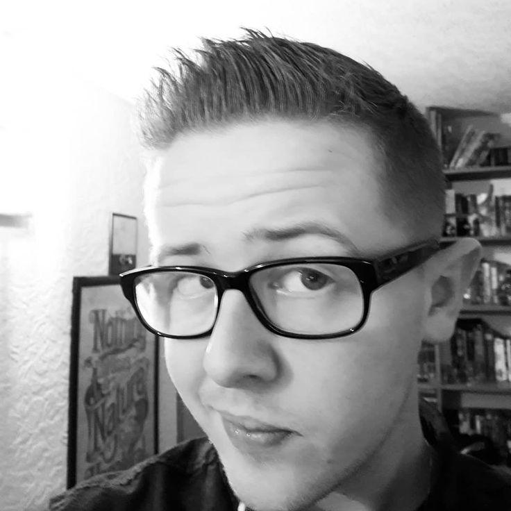 Fresh #haircut in time for #newyear  #gayboyuk #gayboy #gay #gaysnapme #gaysnap