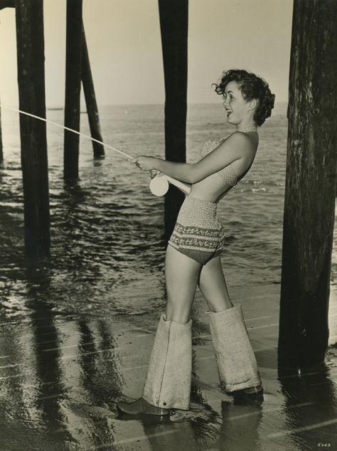 Debbie Reynolds #fishing #celeb #vintage