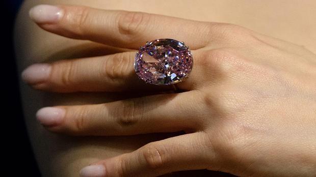 die besten 25 rosafarbener diamant ideen auf pinterest. Black Bedroom Furniture Sets. Home Design Ideas