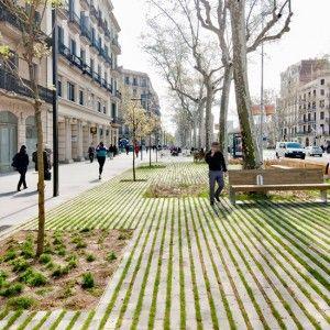 Passeig De St Joan Boulevard, Barcelona redesigned by architect Lola Domènech. Click image for full profile & visit the slowottawa.ca boards >>  http://www.pinterest.com/slowottawa/