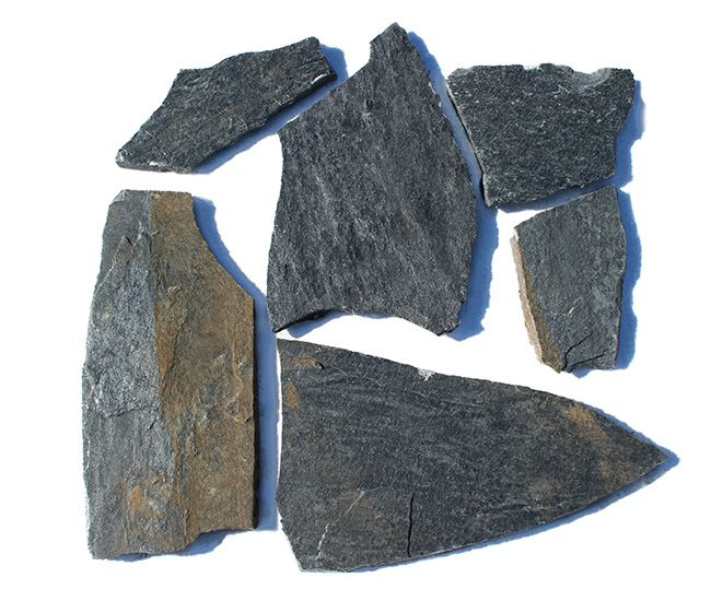 Flagstone Karystou grey or crazy paving  Karystou grey has both a smooth and anti-slip surface. For this reason, it is an excellent choice for wall coverings and interior floors but not limited to  these applications . It is also a great choice for crazy paving. Crazy paving is a stone paving method that uses irregular sizes of stones(paving stones) with or without mortar.