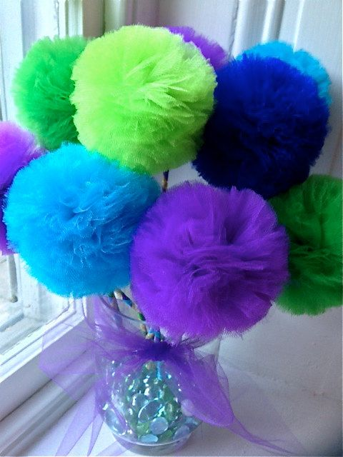 Peacock Centerpiece and Peacock Wedding Party Favors by prettimini