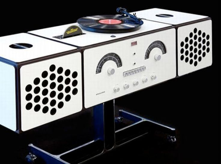 Brionvega RR226, a crazy turntable stereo from Vinyles Passion blog