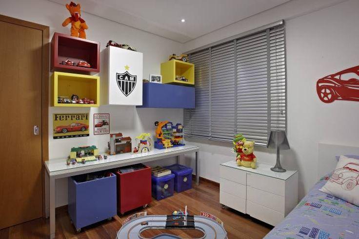 Quarto Filho: Quarto infantil translation missing: br.style.quarto-infantil.moderno por Andréa Buratto Arquitetura & Decoração