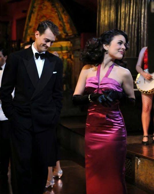 Sira Quiroga vestido morado. El tiempo entre costuras. Capítulo 10 vía http://www.antena3.com/series/el-tiempo-entre-costuras/