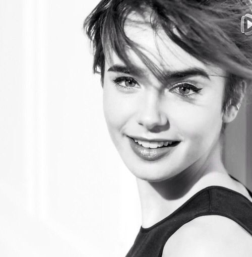 294 best images about Lily Collins on Pinterest | Mirror ...