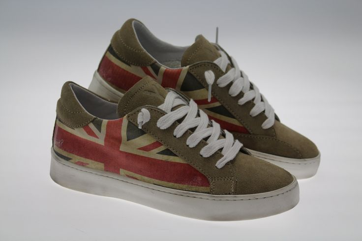 New sneakers by Ynot Collection, only to Valigeria Ambrosetti