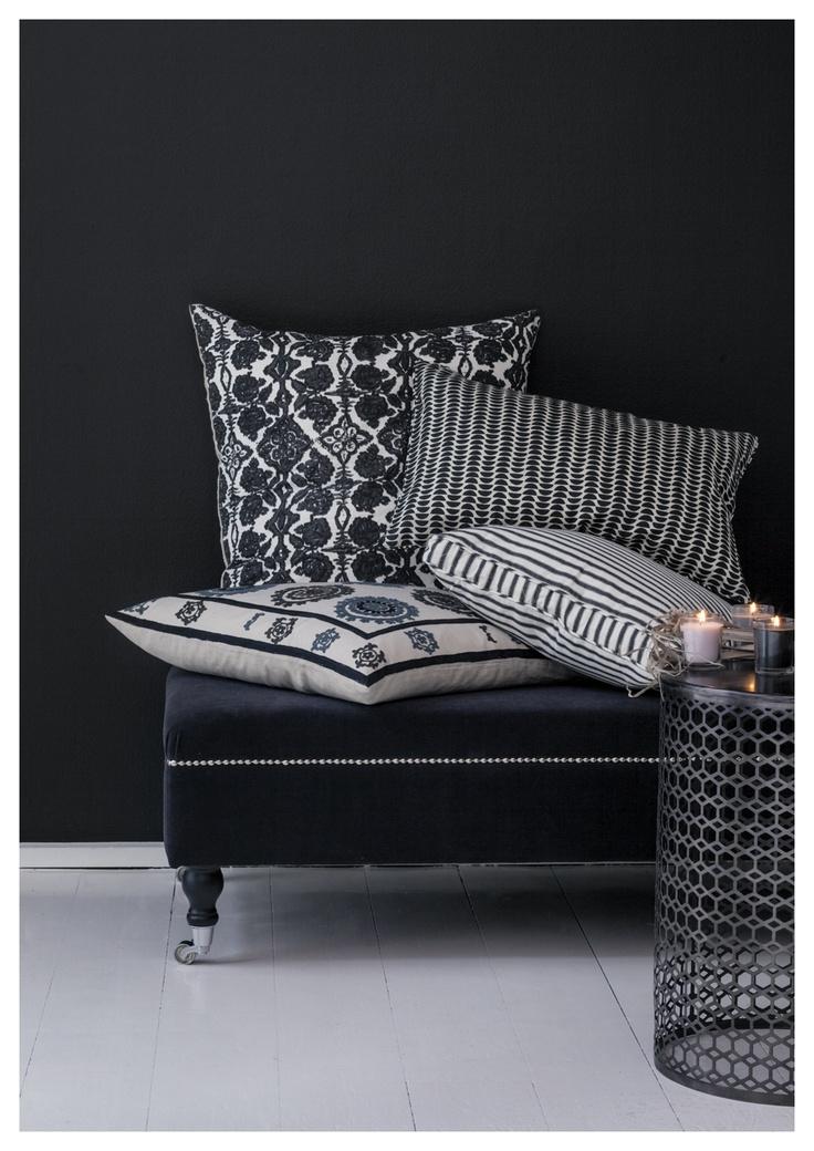 #deco #white #black #noir #blanc #inspiration #salon #coussin