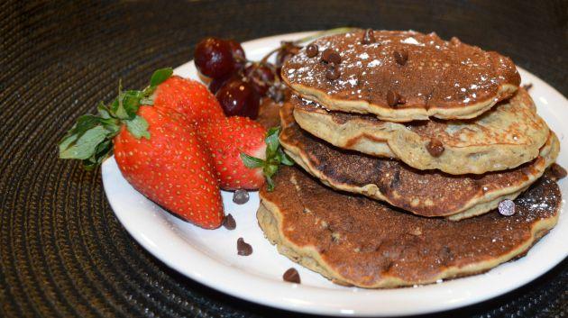 gluten free banana chocolate chip pancakes: Chocolate Chips, Recipe, Gluten Fre Bananas, Chocolates Pancakes, Breakfast Idea, Chocolate Chip Pancakes, Gluten Free Bananas, Bananas Chocolates Chips, Chocolates Chips Pancakes