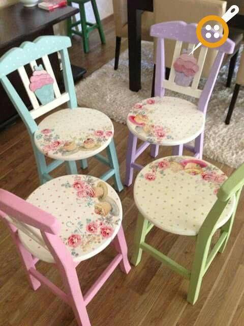 Ucretsiz Yazdirilabilir Ahsap Masa Sandalye Boyama Resim