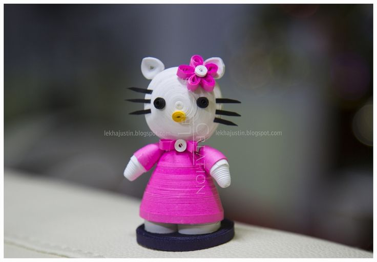 "quilled ""Hello Kitty"""