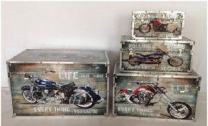 Get motorcycle trunk sets at decorvilla.ca at great prices. http://bit.ly/1zak3ue