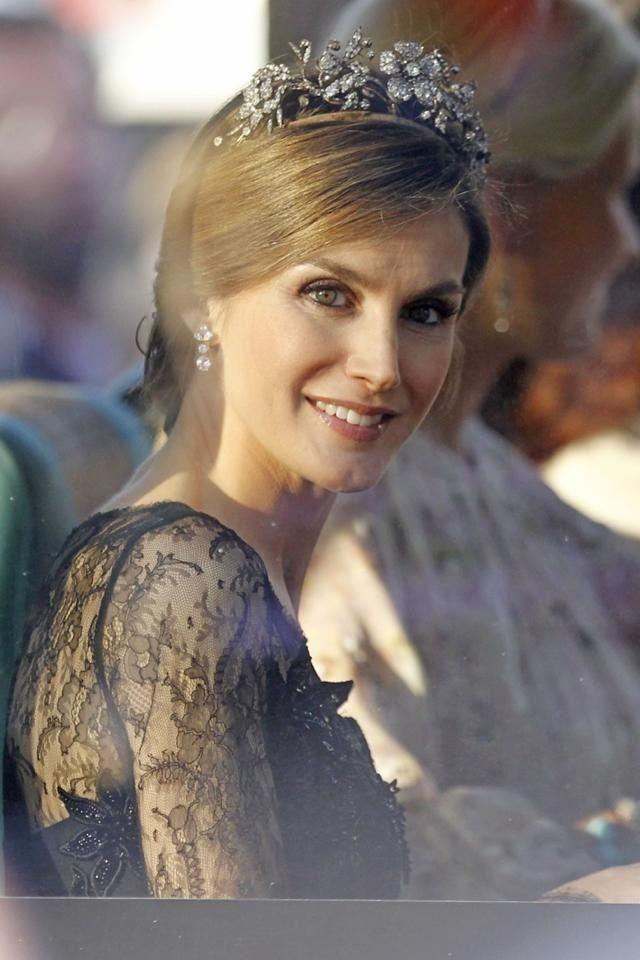 Letizia wearing the Mellerio Floral tiara