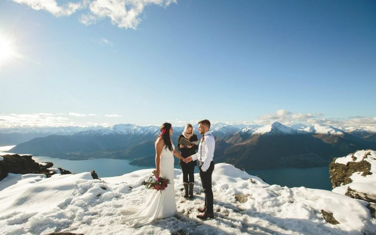 Queenstown Wedding Blog - 5 Rookie Mistakes and How to Avoid them when Planning your Queenstown Wedding. Queenstown Wedding. Wedding Planning. Destination Wedding Queenstown. Queenstown Wedding Blog. Queenstown Celebrant