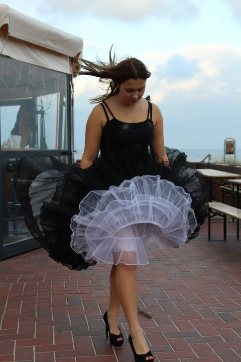 Pin by Beverly Taylor on Petticoats 2 in 2019 | Skirts ...