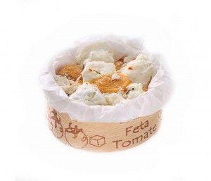 Mini tapita de queso feta con tomate, especial gama catering para Laduc