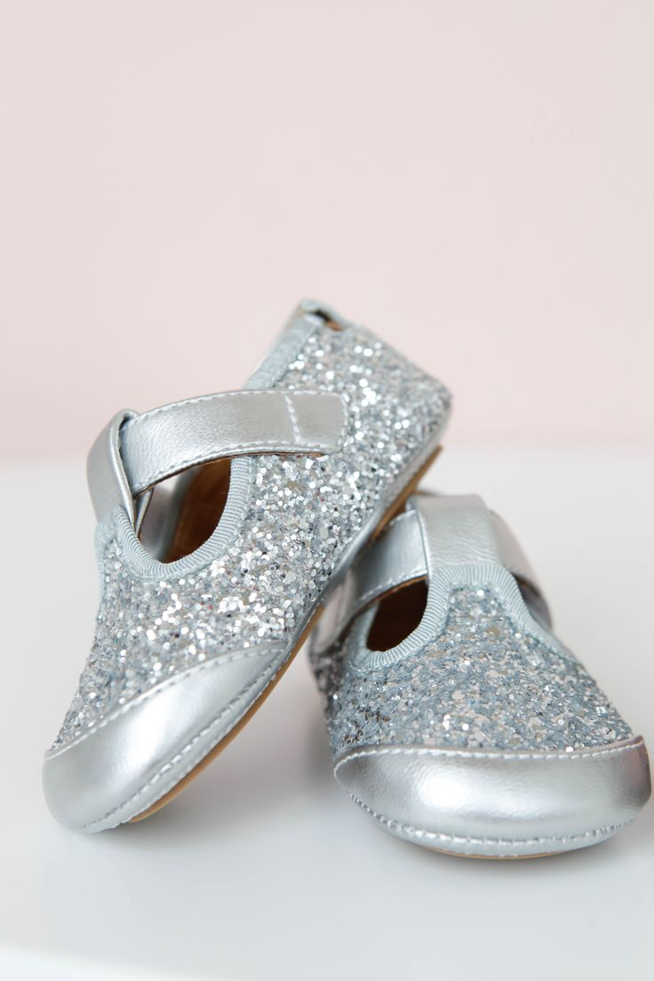 Silver Shoe by Petit Schnoor Lirumlarumleg.dk |   Photo and styling by Mathilde Andersson