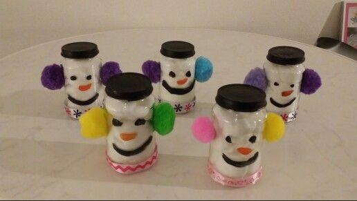 Sneeuwpopjes.