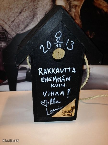 Lauri Tähkän itse tekemä linnunpönttö