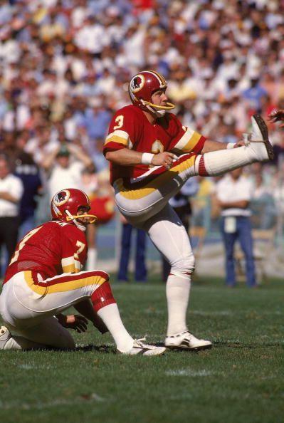 Mark Moseley(3), & Joe Theismann(7) of the Washington Redskins
