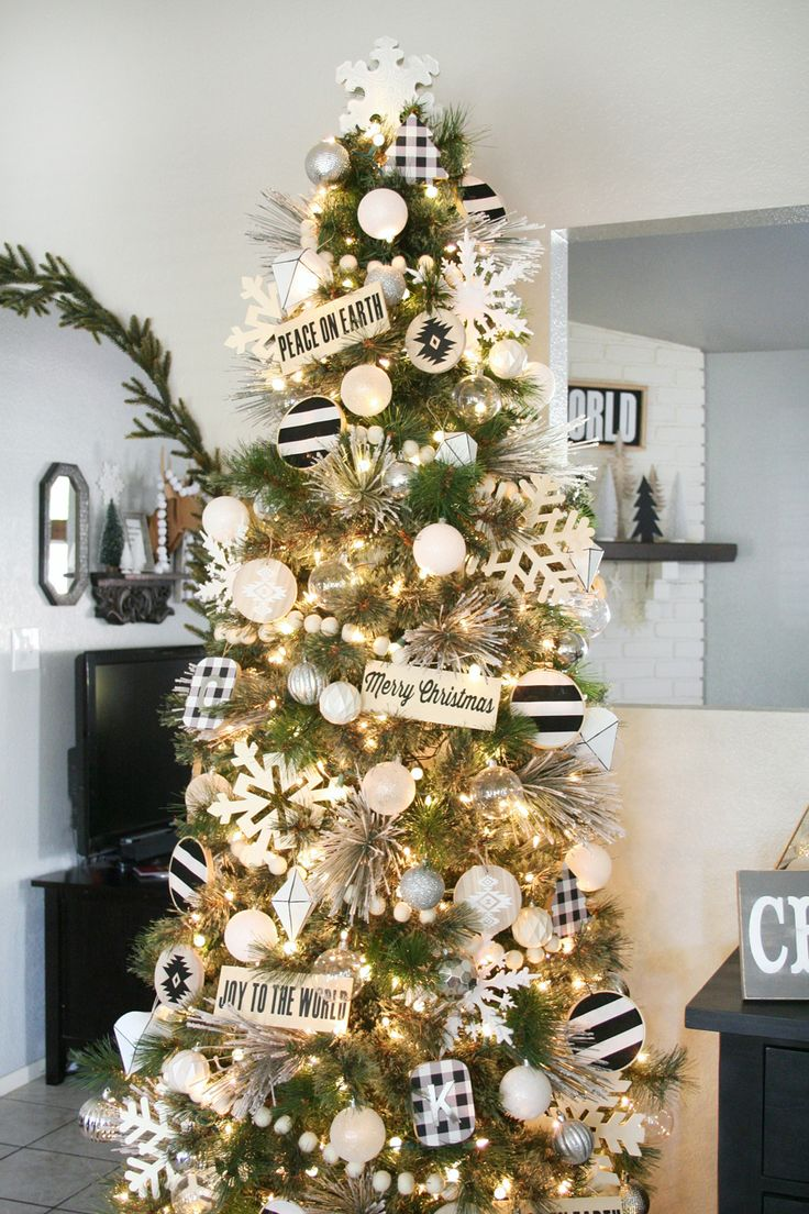 Best 25 white christmas tree decorations ideas on for Modern gold christmas tree