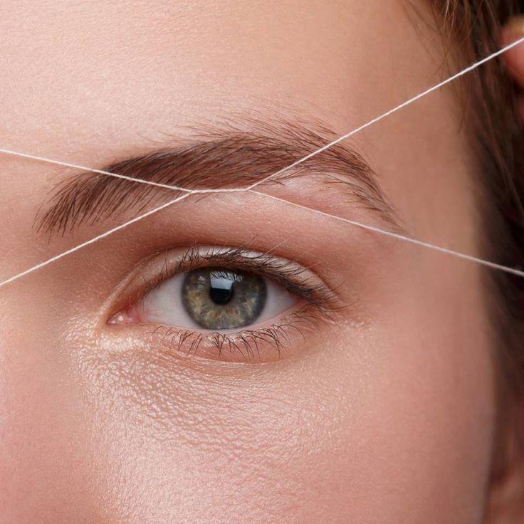 So bringst du deine Augenbrauen mit der Fadentechnik in Form | BRIGITTE.de