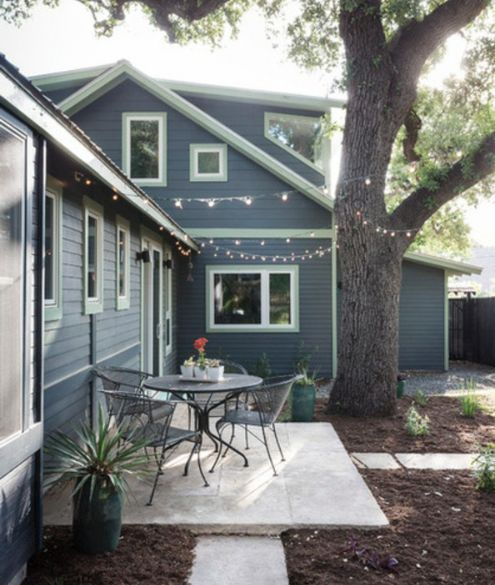 pin by jennifer stenhouse on home renovation ideas in 2019 on benjamin moore exterior house ideas id=52310