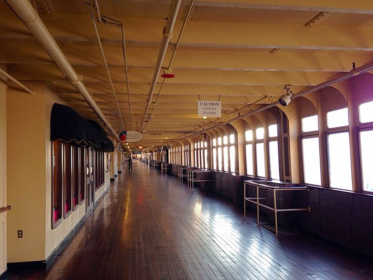 RMS Queen Mary Promenade Deck