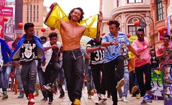 Munna Michael Ding Dang song: Tiger Shroff got no bones in his body, Niddhi Agerwal tries hard to match steps